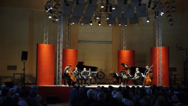 Académie Internationale de l'Ensemble Modern
