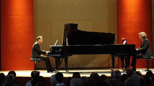 Andreas Grau / Götz Schumacher, piano