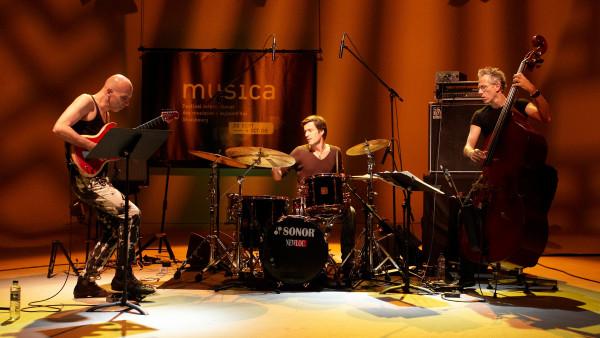 Marc Ducret trio