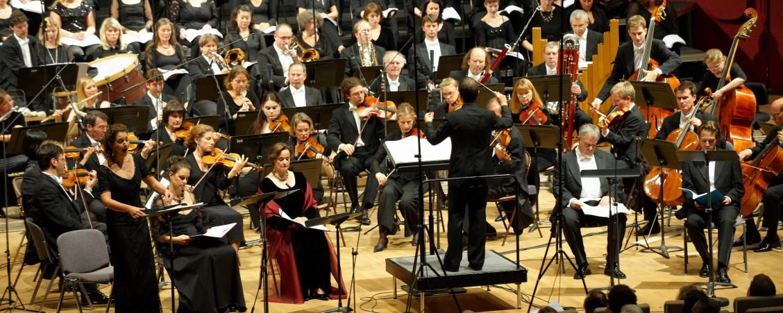 Radio-Sinfonieorchester Stuttgart des SWR / Gächinger Kantorei Stuttgart