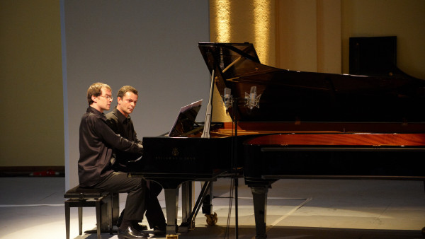 Jean-Sébastien Dureau / Vincent Planès, piano