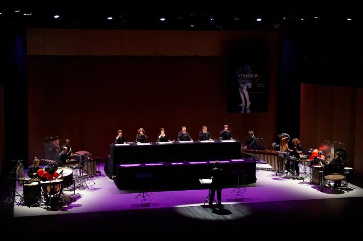 N° 26 Les Percussions de Strasbourg / Neue Vocalsolisten Philippe Stirnweiss