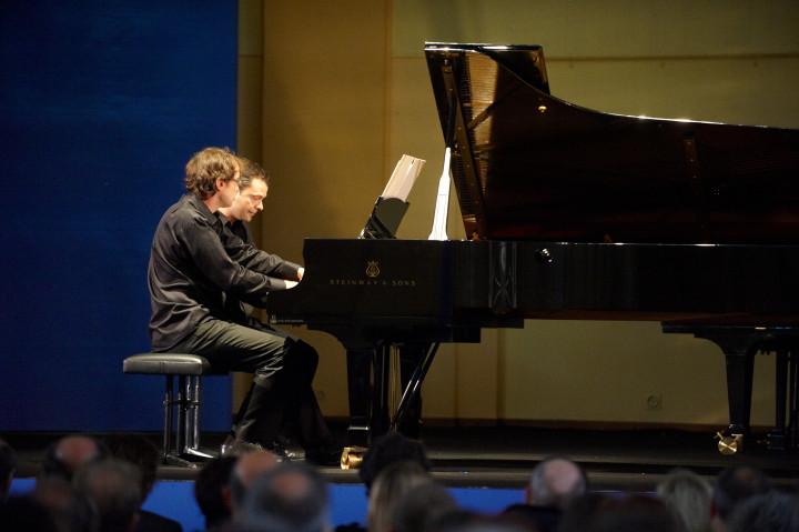 J-S Dureau / V. Planès, piano Philippe Stirnweiss