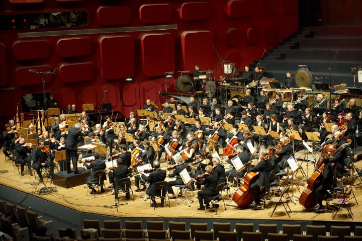 SWR Sinfonieorchester Baden-Baden und Freiburg Philippe Stirnweiss