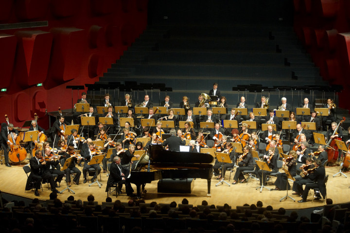 Brussels Philharmonic Philippe Stirnweiss