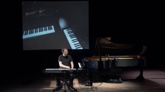Piano Hero 4 (2016)  14'